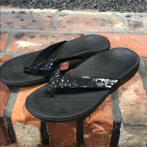 Vionic Black sequin thong flip flop size 9